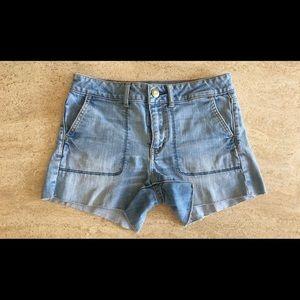 American Eagle Jean Shorts💙